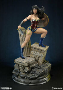 Wonder Woman Justice League New 52 Statue Sideshow 200512