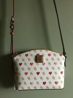 Dooney & Bourke NWT leather White Suki Crossbody Womens fashion accessory Purse