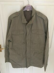 Lovely Men's Cotton Traders Beige Coat Size Medium