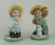 Set Of 2 - 10.5cm Porcelain Ornaments - Children With Animals (MI102) CD