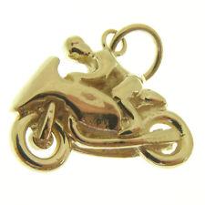 GOLD MOTOR BIKE PENDANT.  HALLMARKED 9 CARAT GOLD TT RACING MOTOR BIKE PENDANT