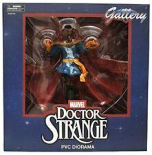 Diamond Select Toys Marvel Gallery Doctor Strange PVC Diorama Figure