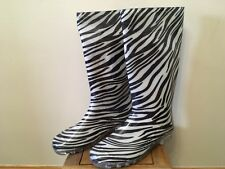 Ladies New Size 7 Zebra Print Wellie Boots