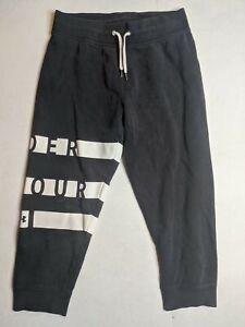 Under Armour womens jogger capri short sweatpants size SM small Loose black