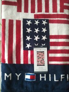 NWT TOMMY HILFIGER RED WHITE BLUE USA FLAGS BEACH TOWEL 100% COTTON 35X66