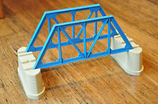 THOMAS Tank Engine TRACKMASTER 4 piece Bridge with girder supports AS NEW