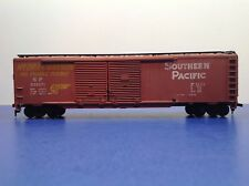 "HO Scale ""Southern Pacific""  SP 651671 50' Freight Train Box Car / Athearn Brand"