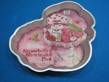1981 WILTON STRAWBERRY SHORTCAKE BAKING PAN BIRTHDAY CAKE MOLD W/ INSTRUCTIONS