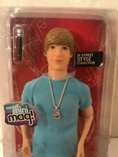 New in Box Justin Bieber Street Style Collection Doll Set Blue T-Shirt 2010 Mag