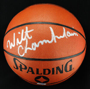 *Wilt Chamberlain Signed Autographed Basketball PSA/DNA*