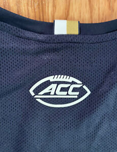 NOTRE DAME FOOTBALL ACC TEAM ISSUED UNDER ARMOUR SHIRT 2XL