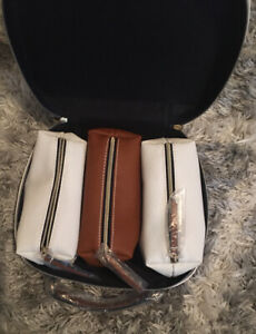 ESTEE LAUDER White Faux Leather Travel Cosmetic/Makeup Bag case w/ 3 small cases