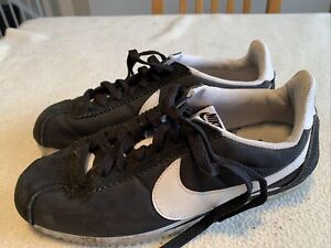 Women's Boys Nike Court Black Suede Trainers Size Uk6