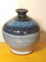 Signed Robert Alewine pottery handcrafted vase dated 2005