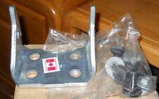 NOS 1988-2002 Chevrolet Truck LH Lower Door Hinge 12475077
