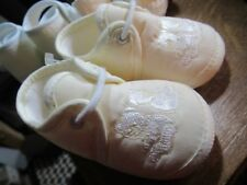 Sarah Louise baby Pram shoes. size 2. New. Cream with embroidered Teddies.