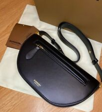 Burberry Olympia Bag. Kendall Jenner. Black Color