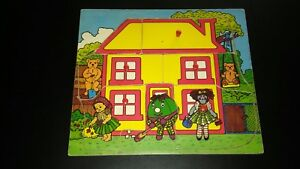 BBC Playschool tray puzzle. Lift out the wooden pieces to reveal scene in house.
