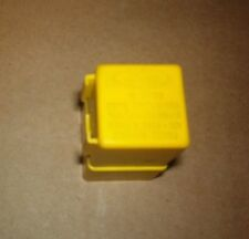 #F67B-13350-AA Ford 94-01 Mustang, 1995-2001 Explorer Turn Signal Flasher Relay