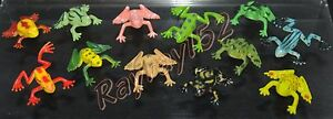 6 small plastic frogs in various shapes and colours frog FREE POSTAGE O33