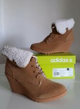 Womens New Adidas NEO CHILL Wedge Heel Faux Fur Warm Boots, Size UK 7, Tan.