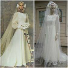 Vintage 70's handmade wedding gown with long veil It was made with the pattern