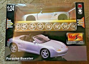 Maisto 1/24 Scale Diecast Model Silver Porsche Boxster with Custom Wheels