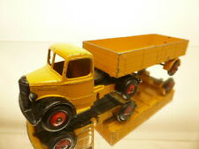 DINKY TOYS 409 BEDFORD TRUCK - YELLOW + BLACK - GOOD CONDITION - NO BOX