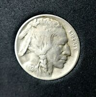 1924-D Buffalo Nickel~Better Date~VF~Partial Horn~Combined Shipping~!