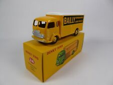 Camion Déménageur Simca Cargo Bailly - DINKY TOYS Voiture Miniature MB106