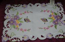 Zierdeckchen Deckchen Mitteldecke Schmetterling Blume Stickerei ca 35 cm x 50 cm