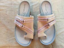 Womens Size 7.5 M Baretraps Sandals Stretch Slides  Comfy Baretraps flip flops