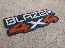 81-87 Chevy K5 BLAZER FRONT FENDER 4X4 EMBLEM FITS LEFT OR RIGHT SUPER CLEAN TOP