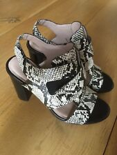 French Connection Black/cream ladies leather smart sandals size 39