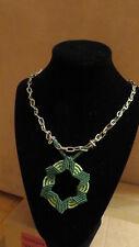 Halskette, Macrame grün mit Perlen, Handarbeit, Kette, Karabinerverschluss