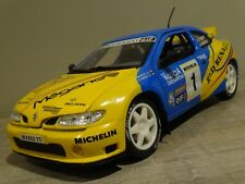 Renault megane maxi 1/18 anson boite d origine rallye Valencia