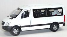 Mercedes Benz SPRINTER Traveliner Sammlermodell ca. 12 cm weiß Neuware von WELLY
