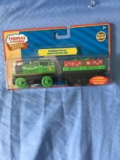 NEW THOMAS & FRIENDS - WOODEN HOLIDAY PERCY & MUSICAL PRESENT CAR FACTORY SEALED