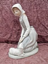 """LARGE NAO LLADRO FIGURINE OF A GIRL WITH LAMB 9"""" TALL PERFECT FULL BACK STAMP"""