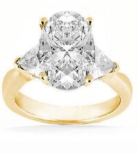 2.01 ct center Oval shape Diamond Wedding 14k Yellow Gold Ring w 2 Trillion cut