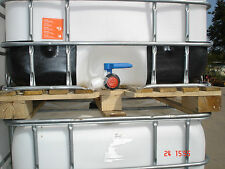 1000 L Wassertank , IBC Container , Regentonne , weiße Blase auf Holzpalette