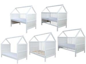 Babybett Kinderbett Juniorbett Bett Haus 140x70 cm umbaubar mit Matratze weiss