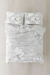 Urban Outfitters Magnolia Lines Duvet Cover Twin XL Floral