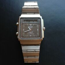Montre Seiko ana digi vintage H557 - 525A digital watch vers 1982