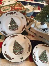 "Set of 4 Johnson Bros Victorian Christmas Tree Dinner Plates 11"" England New"