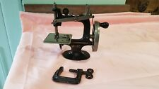 Vintage Singer Model 20 Childs Sewing Machine Excellent Condition with Clamp