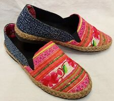 Thai Handmade Shoes Embroidered Cotton Fabric Hmong Hill Tribe Women Red Color