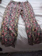 Women's printed 100% rayon pant in size 4