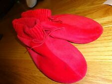 Isotoner Istoners Slippers RED Polyerster Cotton Size 6.5-7.5M