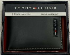 New Tommy Hifilger Men's Leather Passcase Wallet Black Color $18.99